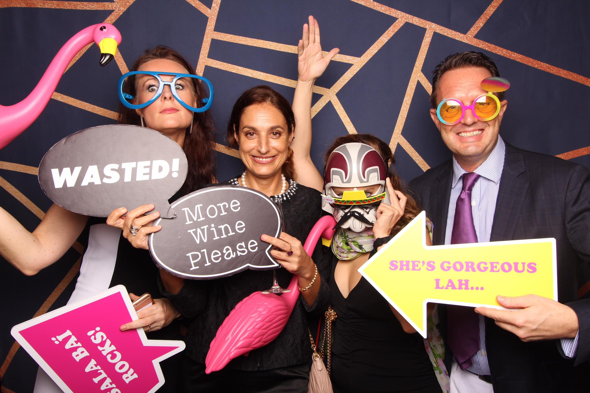 It's friday. Party! - Fourstops Photography · Singapore Photobooth
