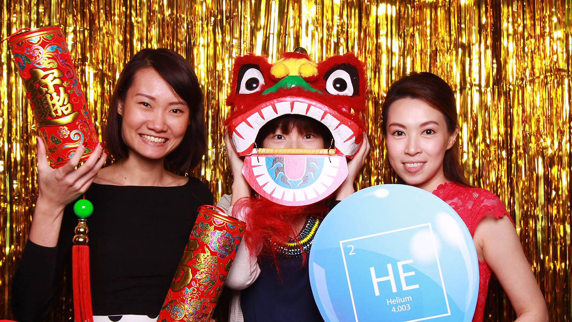 Fourstops • Singapore Photobooth • HGST Lo Hei Photobooth