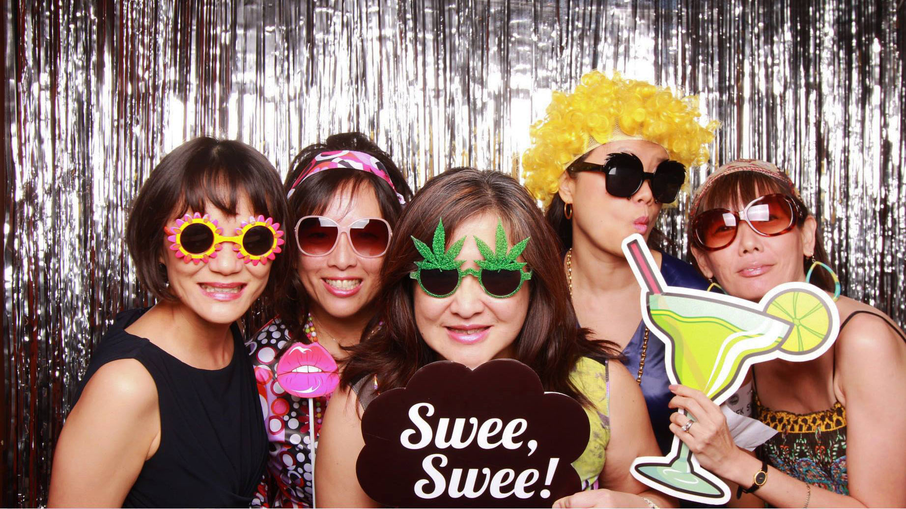 Fourstops • Singapore Photobooth • MGS Class of '81 Reunion 2015 Cover