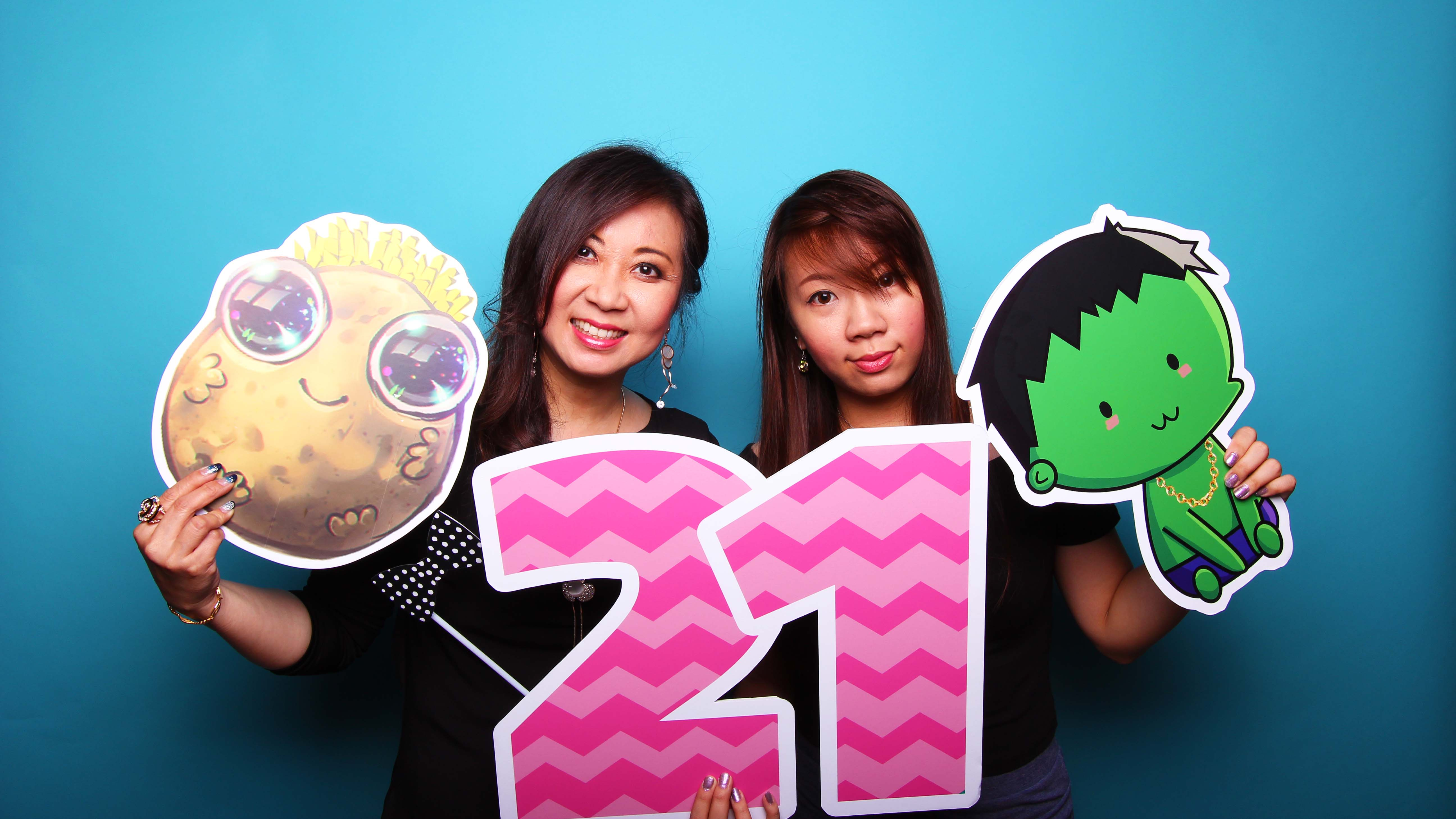 Fourstops Photography • Singapore Photobooth • Katie Claudia's 21st Birthday Photobooth Cover