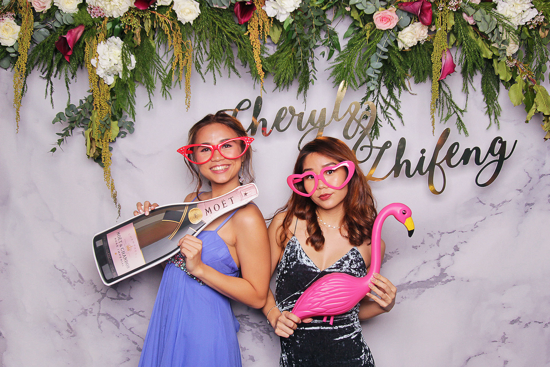 Fresh Floral Photobooth - Fourstops Photography